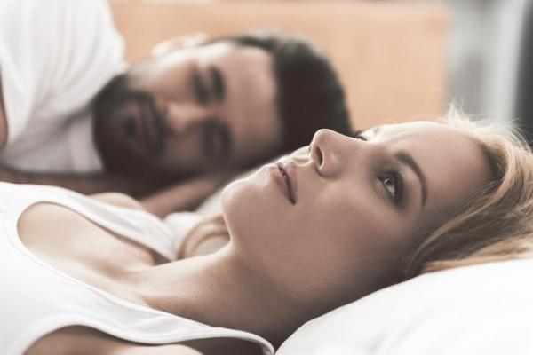 Falta de ar ao deitar para dormir: causas e soluções - Falta de ar ao deitar para dormir por ansiedade