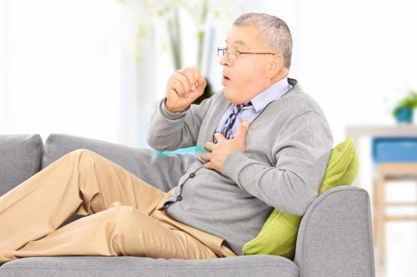 Alimentos que pioram a tosse - Tossindo muito: causas