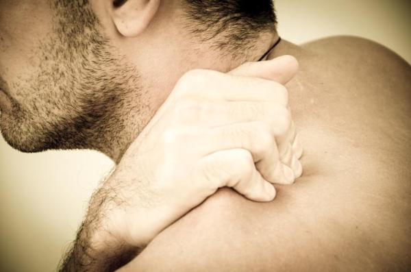 Tontura ao abaixar a cabeça - Problemas cervicais