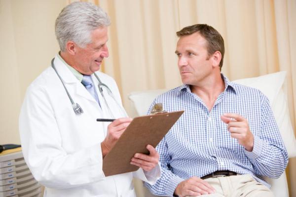 Parafimose: causas, sintomas e tratamento - Parafimose: tratamento