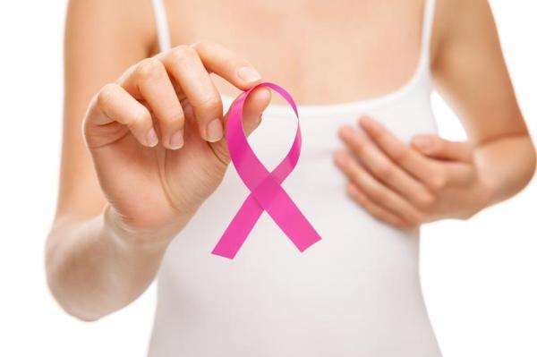 Mamilo invertido ou afundado: causas - Mamilos invertidos por câncer de mama
