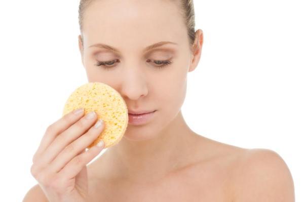 Como secar espinha interna com remédios caseiros - Esfoliação caseira contra as espinhas internas