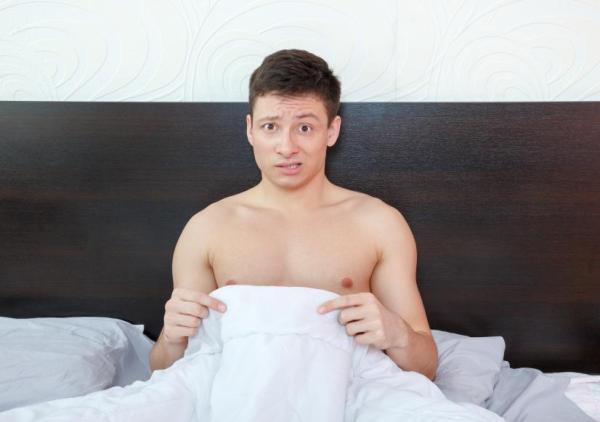 Glande branca: causas
