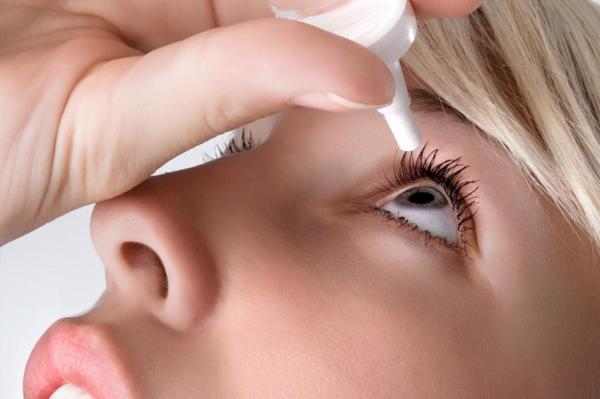 Sensação de areia nos olhos: causas - Olhos secos, principal causa se sensação de areia no olho