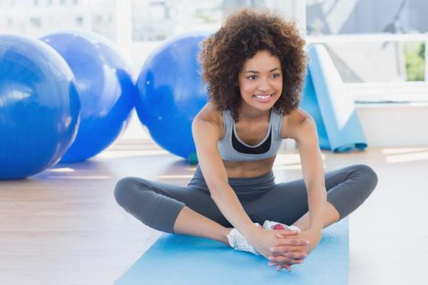 Como ganhar flexibilidade nas pernas rápido - Exercício de mariposa para ter mais flexibilidade nas pernas