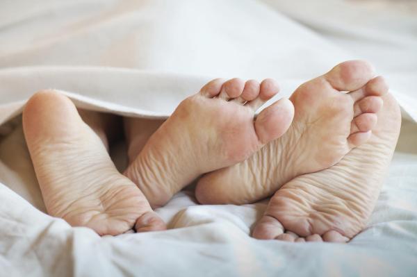 Pênis inflamado: causas e tratamento - Excesso de fricção ou fricção a seco