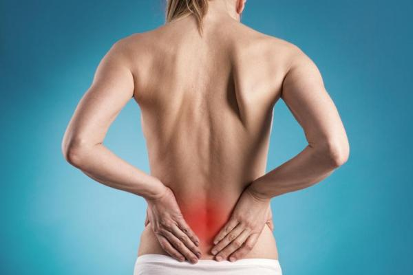 Espondilolistese: sintomas, causas e tratamento - Sintomas da espondilolistese