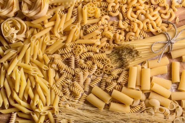 5 alimentos que prejudicam os dentes - Massa e arroz - passam despercebidos